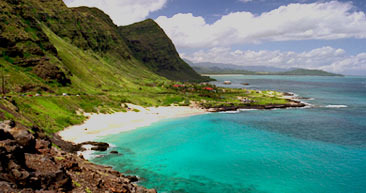 visit the beautiful makapu'u beach in oahu