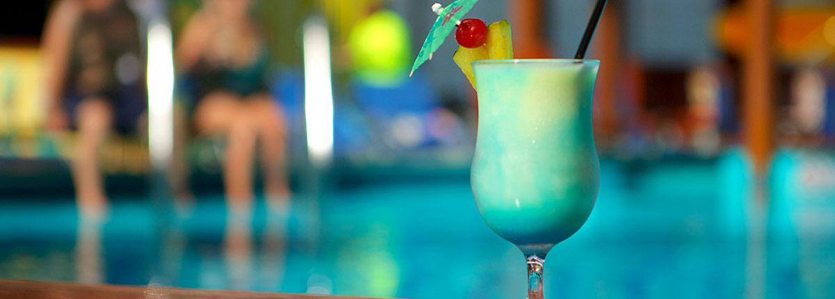 a cocktail at the blue iguana bar