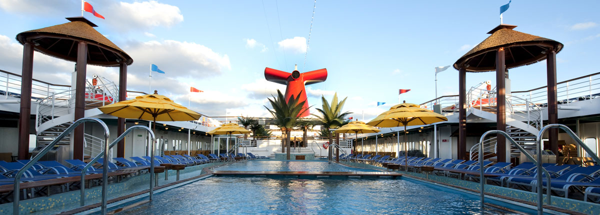 pool on carnival cruise lines